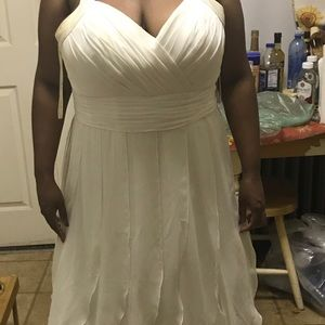 Ivory halter wedding dress, chiffon fabric.